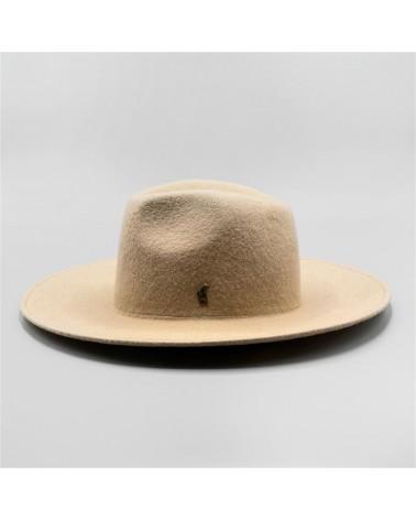 essential beige Cowboy